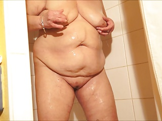 Free HD Granny Tube Shower